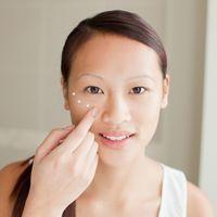 4 Huidverzorging produkte wat maak jy jonger lyk